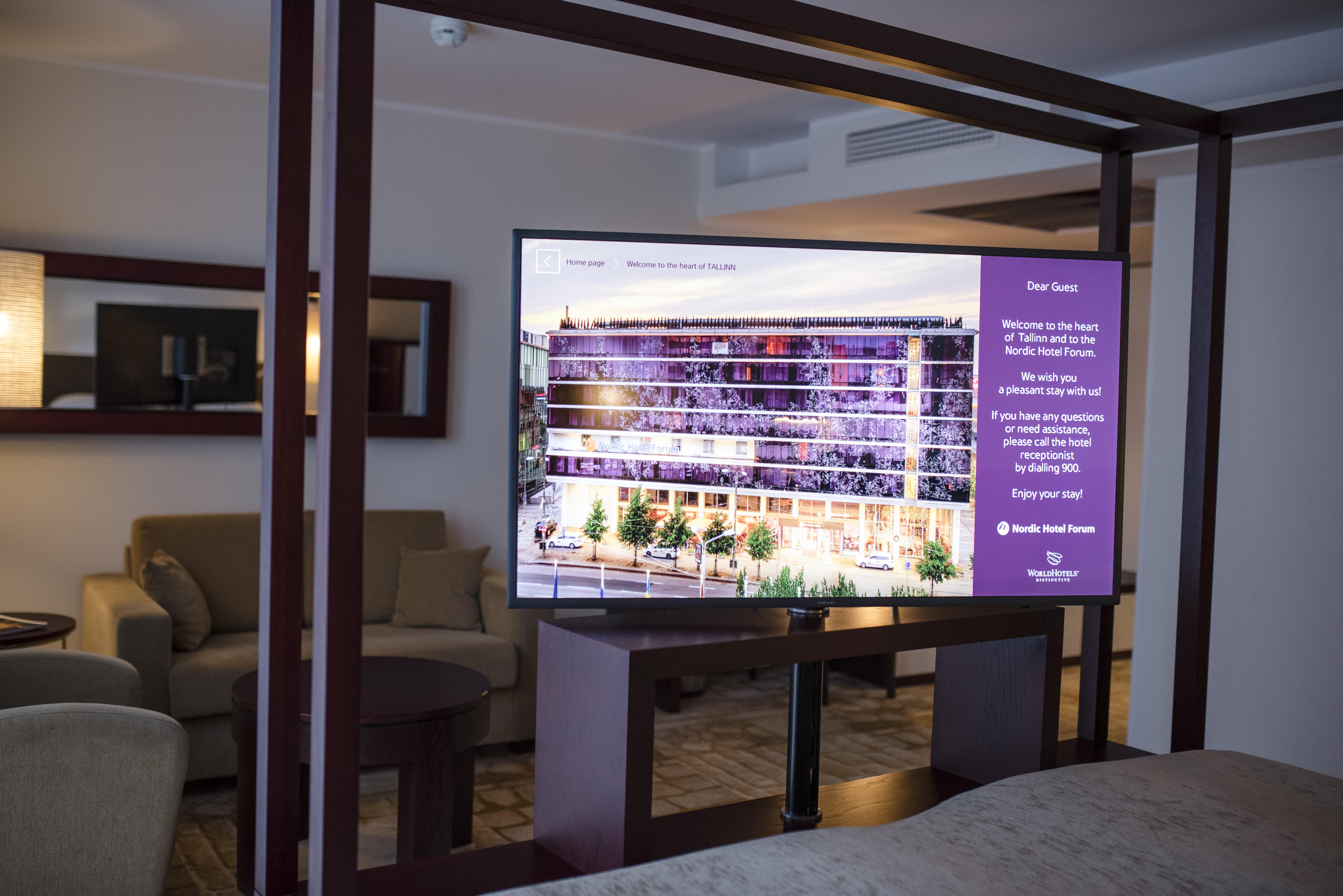 eb3298a2d64 Hiljuti uuendsukuuri läbinud hotell on meie abiga välja vahetanud ka oma  telerid. Mõnedes sealsetes sviitides on võimalik telereid keerata 360°, ...